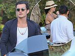 Please contact X17 before any use of these exclusive photos - x17@x17agency.com   Orlando Bloom and Katie Perry still together having dinner in Malibu at Soho july 9, 2016  /X17online.com
