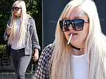 Exclusive... 52118114 Actress Amanda Bynes shows she gained weight as she smokes a cigarette with a friend in West Hollywood, California on July 10, 2016. Amanda has recently put on a little weight, but that doesn't stop her from enjoying time out shopping.  **NO USE W/O PRIOR AGREEMENT-CALL FOR PRICING** Actress Amanda Bynes shows she gained weight as she smokes a cigarette with a friend in West Hollywood, California on July 10, 2016. Amanda has recently put on a little weight, but that doesn't stop her from enjoying time out shopping.together. **NO USE W/O PRIOR AGREEMENT-CALL FOR PRICING** FameFlynet, Inc - Beverly Hills, CA, USA - +1 (310) 505-9876