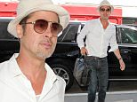 July 19, 2016: Brad Pitt catches a flight out of LAX International Airport in Los Angeles, California.\nMandatory Credit: INFphoto.com Ref: inf-00