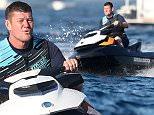 Exclusif - James Packer (le compagnon de Mariah Carey) fait du jet ski dans le golfe de Saint-Tropez, le 19 juillet 2016. For Germany call for price\\nNo web/No blog pour Belgique/Suisse\\nExclusive - James Packer is seen doing jet-ski in Saint-Tropez, France, on July 19th 2016.