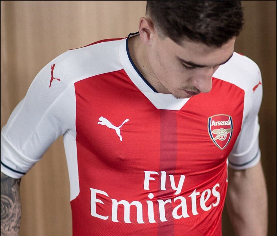 Bellerin took to Twitter to show off his kit to the fans and said: 'Here's my new @PUMAFootball @Arsenal kit!! What you guys thinking?'
