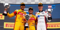 Evans leads Campos 1-2 in crazy GP2 race