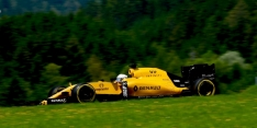 Magnussen admits he deserved penalty