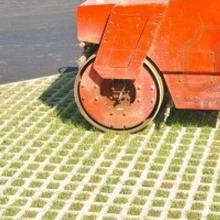 ekoparkovka 6 - Экопарковка: какую газонную решетку выбрать для строительства парковки на даче