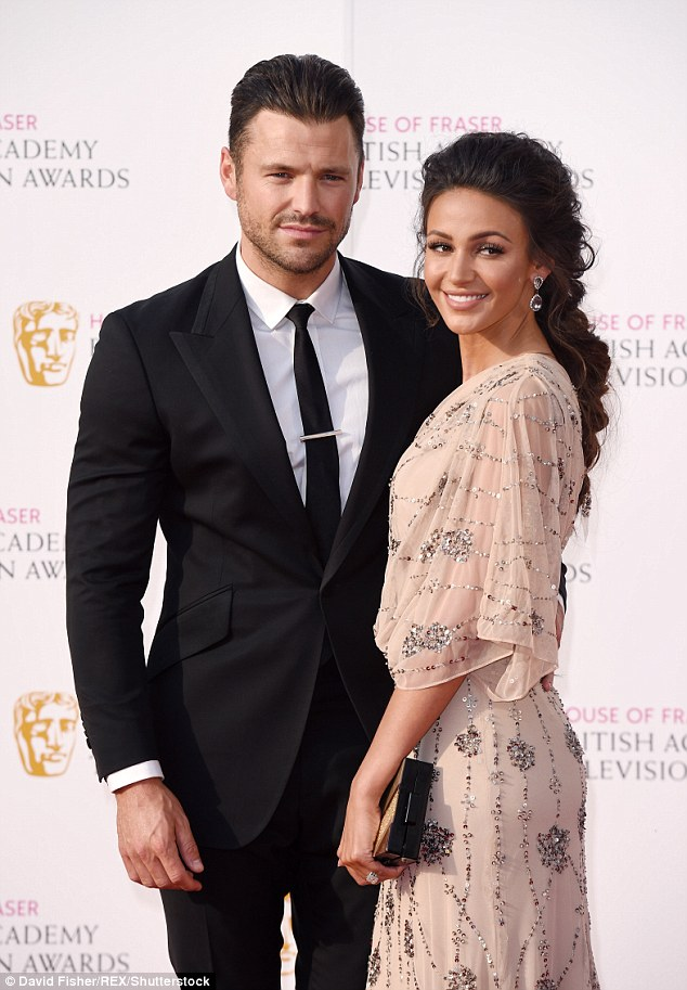 Hunky!The most stand out element of her incredible outfit was undoubtedly her eye-watering engagement ring, gifted to her by the former TOWIE star in September 2013