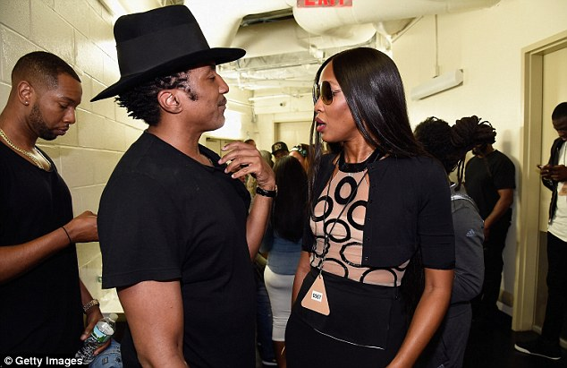 Backstage: Naomi hung out backstage with rapper Q Tip