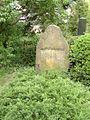 Tombstone Arnolt Bronnen.jpg