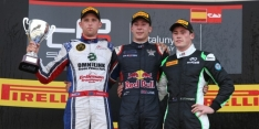 Lynn storms to win on GP3 debut