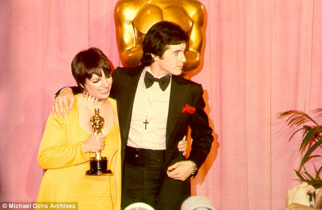 I love Liza: The brunette beauty, with then love Desi Arnaz, Jr., won the Best Actress Oscar in 1973 for her performance in Cabaret