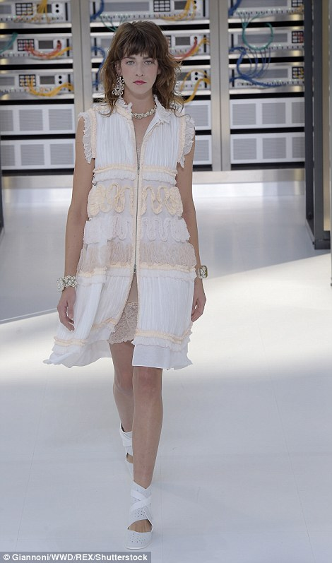 Karl has clearly put a focus on jewellery this season with an array of bold silver pieces adorning models on the runway