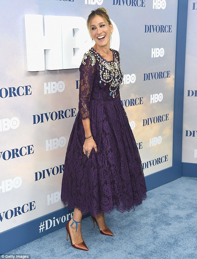 Lovely in lavender! Sarah made a showstopping appearance at the premiere of her HBO series Divorce in a purple lace gown on Tuesday night
