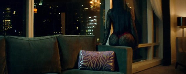 Ooh la la! The 33-year-old showed off every bit of her rear end as she reclined upon the couch
