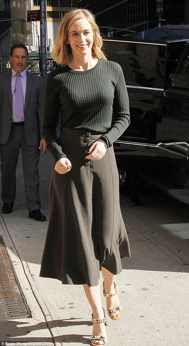 Sashaying her way inside: Before her glam squad worked their magic, the British stunner showcased her natural beauty as she arrived to Manhattan's Ed Sullivan Theater
