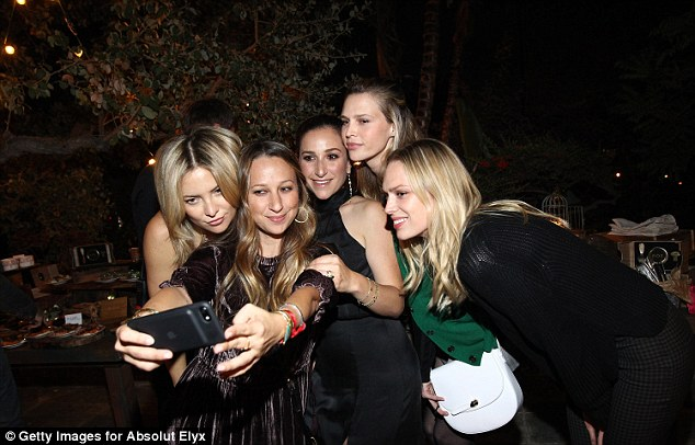 Selfie time! Kate snaps away with pals Jennifer Meyer, Sara Foster, Sarah Meyer and writer Erin Foster