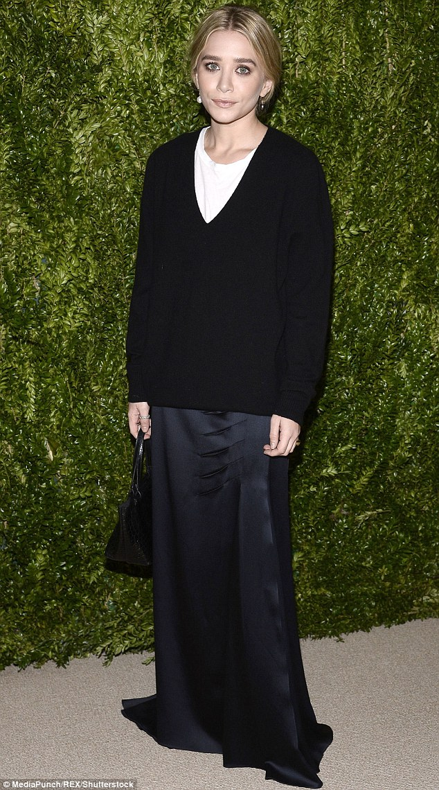 Fashion filly: Ashley looking gregarious at theTenth Annual CFDA Vogue Fashion Fund Awards