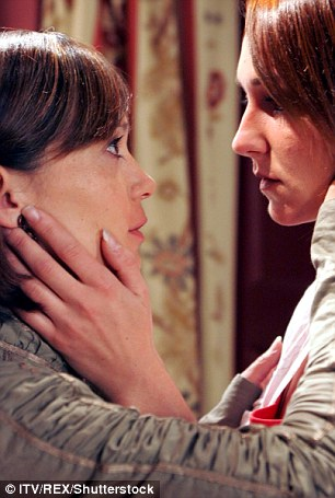Effie Harrison, played by Phillipa Peak, reveals her feelings for Zoe Tate (Leah Bracknell) in this Emmerdale scene