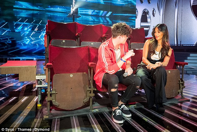 Learning from the best: Ryan, who looked trendy in a red jacket and black roll-up jeans, seemed to be soaking in all the advice the former Pussycat Dolls singer dished out