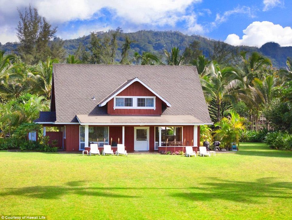 Historic: Julia Roberts' Hawaiian estate  has had $10million knocked off the asking price, and is now on sale for $19.5 million