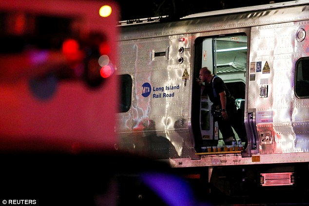 Long Island Rail Road suspended services to Ronkonoma, Oyster Bay and Port Jefferson