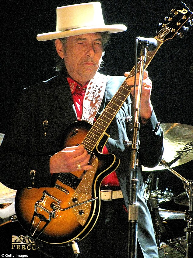 Bob Dylan — notoriously private — hasn't had a girlfriend in years, but just completed a tour supported by a former love, Mavis Staples