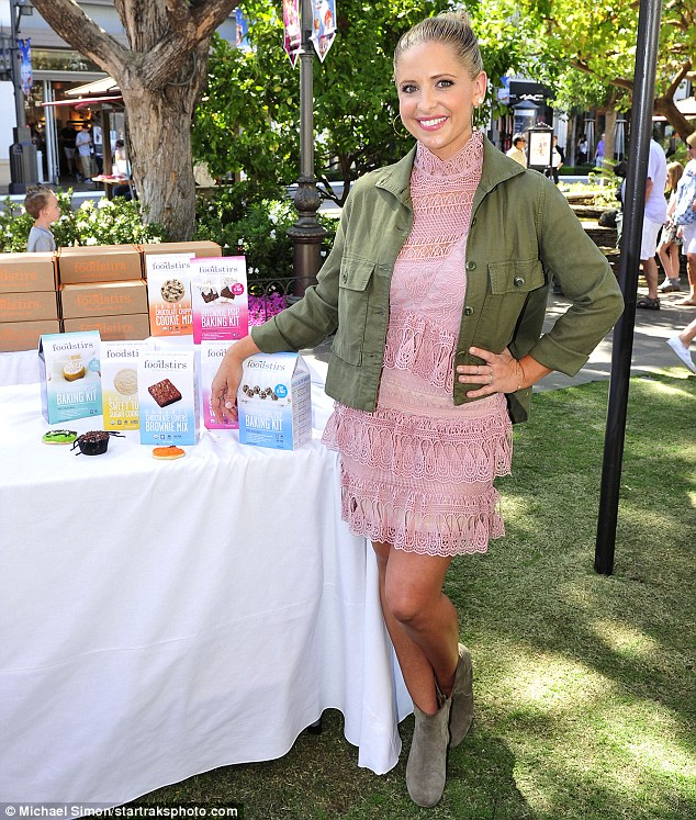Strike a pose: Sarah Michelle Gellar kicked off the one year anniversary of launching her baking kit website - Foodstirs - by hosting a Kids In The Kitchen event at The Grove