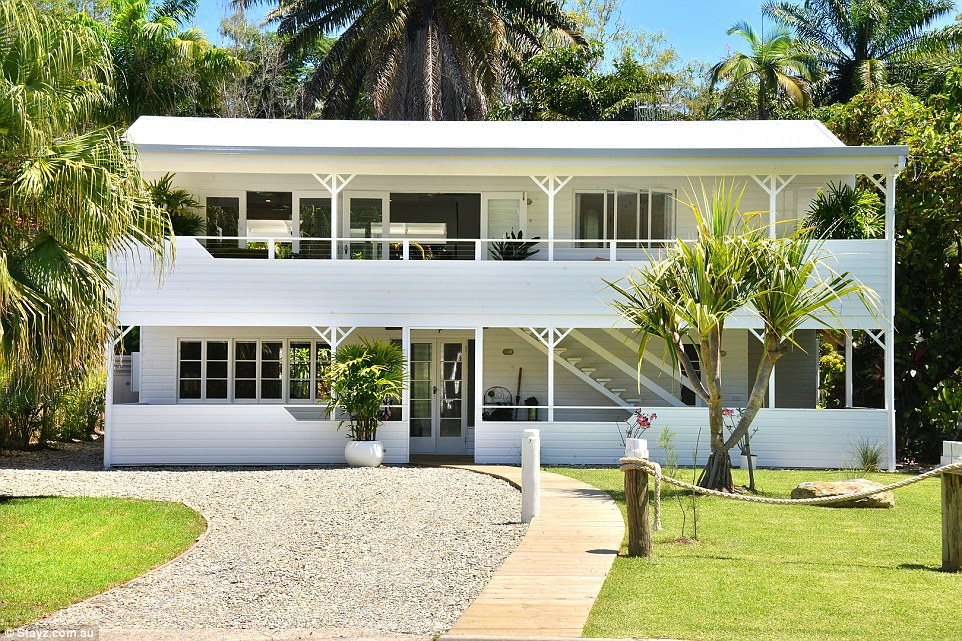 This stunning beachhouse located in Port Douglas is spread across two levels