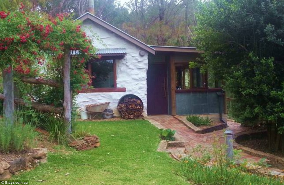 The Old Shack is set on 26 acres at Barakee Creek in New South Wales