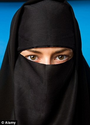 Last week, Birmingham Metropolitan College dropped its ban on female students wearing the Islamic veil that covers the whole face except for the eyes, or even covers the eyes as well with a mesh