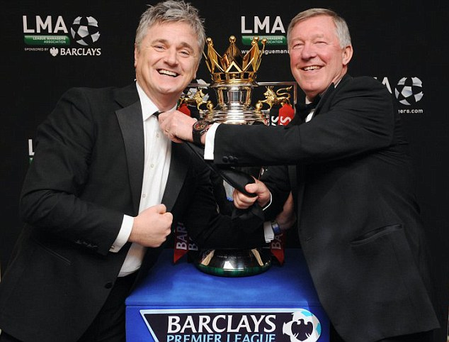 Fergie time: Des (L) with the now retired Manchester United manager at a League Manager's Association event