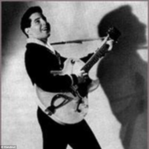 But Simon struck a solo deal with Sid Prosen, deciding he wanted a shot at being Elvis without telling Garfunkel, who was furious at his betrayal