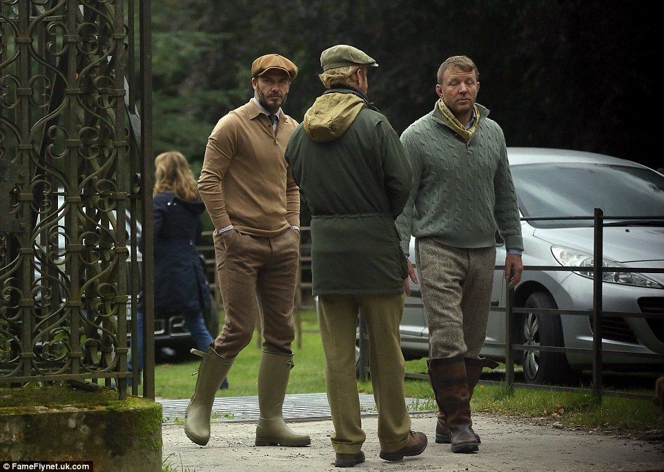 No slouch! Showing that he's also no slouch in the style department, Lock, Stock And Two Smoking Barrels director Guy threw a brown padded gilet over a spearmint green sweater, which he teamed with beige trousers