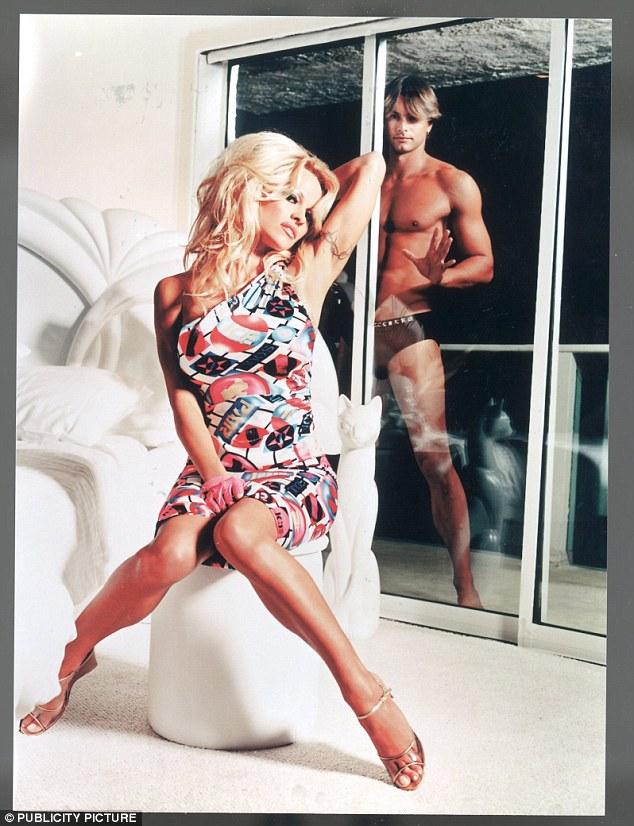Anderson with former boyfriendMarcus Schenkenberg in an advert for Iceberg Jeans
