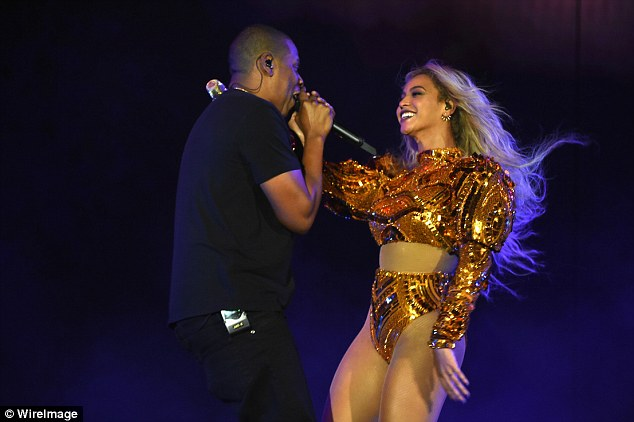 Tag-team: Their performance of Drunk In Love marked the first time they had performed together in over a year