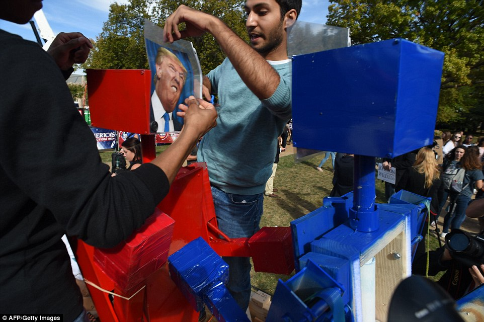Students set up 'boxing robots', pitting Republican nominee Donald Trump and his Democratic counterpart Hillary Clinton against each other