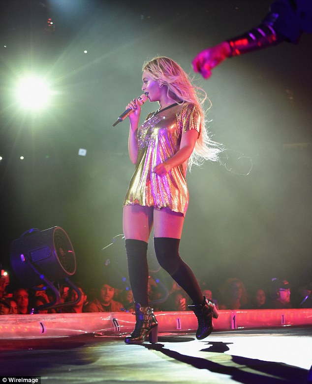Well, hello there: Beyonce sang and pranced in front of the crowd