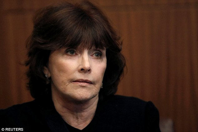 Kathleen Willey, who accused Bill Clinton of groping her in 1993 and appeared with Donald Trump and other accusers at the second presidential debate, says she is willing to campaign with Trump in the final days of the election