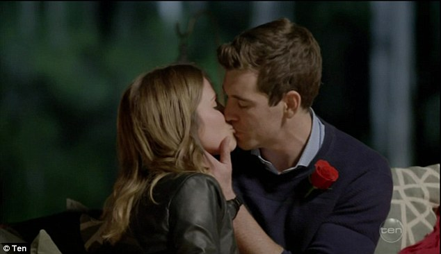 Two's better than one! Earlier in the episode, Georgia kissed  Cameron during their single date