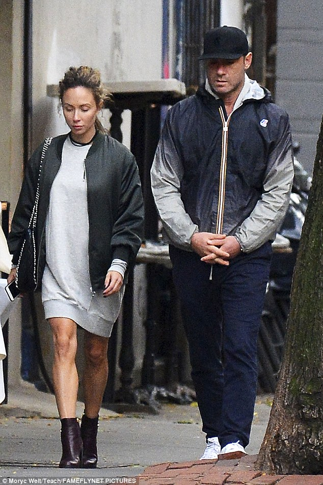 New romance? Just over the weekend, the Scream star grabbed dinner at Blue Ribbon Sushi and strolled through the Big Apple with a mystery brunette
