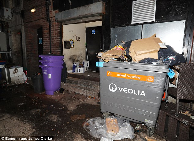 Hardly a-list;The route took him past bins and boxes littering the street