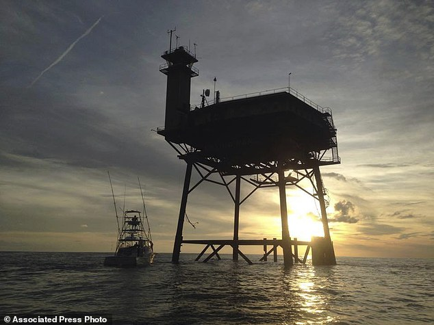 The platform is only reachable by helicopter or boat. While the 360-degree views of sunsets and sunrises are amazing, there's no land in sight