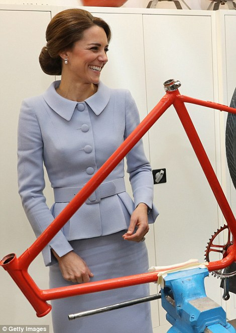 Kate enjoys a giggle at the workshop in Rotterdam's Bouwkeet