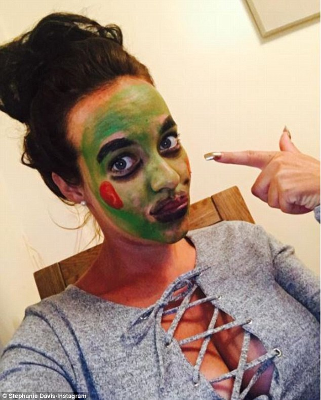 Frightfully delightful! The pregnancy star also showed off her potential Halloween makeup