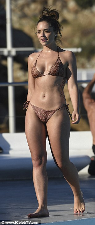 Wowzers!Neighbours star Olympia Valance proved just how sexy she is as she sizzled while poolside on a recent sun-drenched trip to Greece's idyllic Mykonos