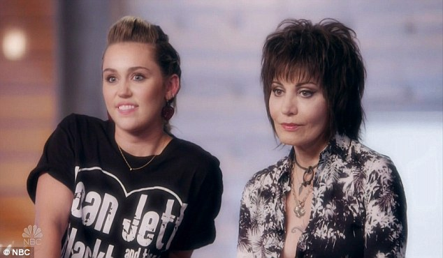 Guest mentor: Miley recruited one of her idols, Joan Jett to be her guest mentor