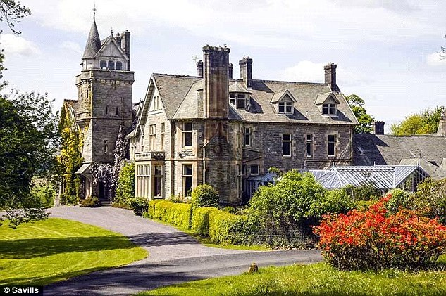 The Victoria mansion, which has stables and a gatehouse, sits in an impressive 340 acres.