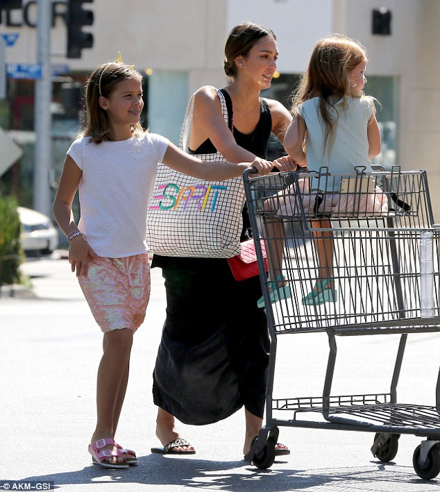 Busy mum! Jessica  accompanied her little girls Honor, eight, and Haven, five, for a spot of grocery shopping at Bristol Farms in Beverly Hills on Sunday