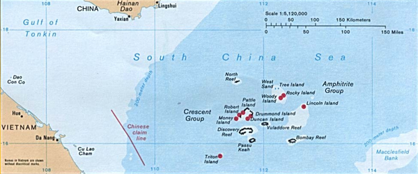 Location of Paracel Islands relative to the coastlines of China and Vietnam