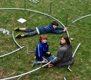 image-of-how-to-setup-a-trampoline-1