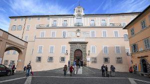 Die Papst-Residenz Castel Gandolfo befindet sich südlich von Rom.