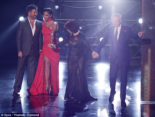 Oops!Sharon was Mama Spice, Simon Cowell claimed the title Moneybag Spice, while Nicole sizzled as Pussycat Spice and Louis was left red-faced when Dermot O'Leary introduced him as Old Spice